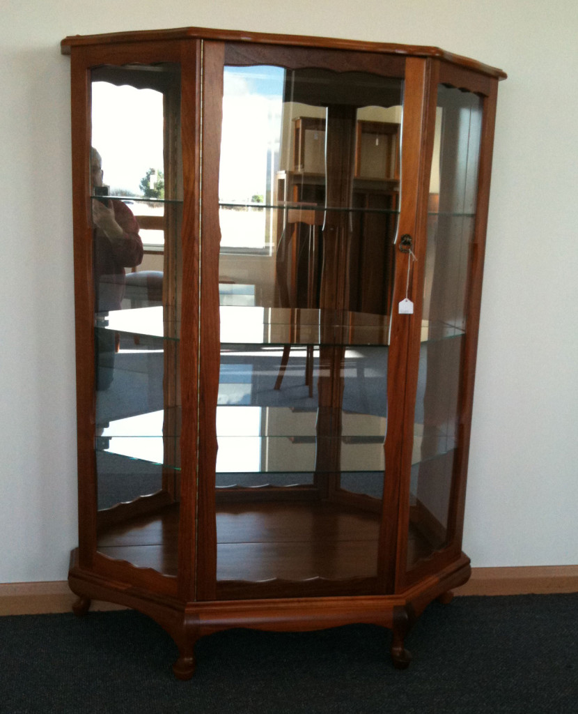 Queen Anne Bowfront Crystal Cabinet - Turners Blackwood Furniture